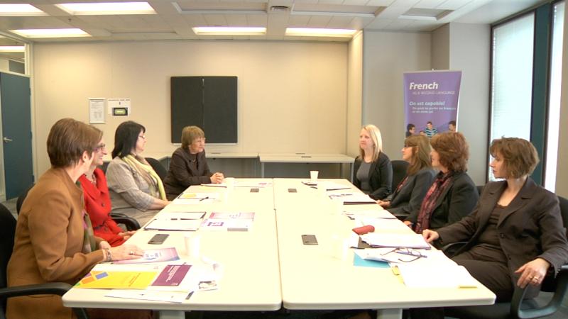 """Image d'éducatrices prise de la vidéo """"Partie A: Promouvoir les programmes de FLS et leurs avantages"""""""