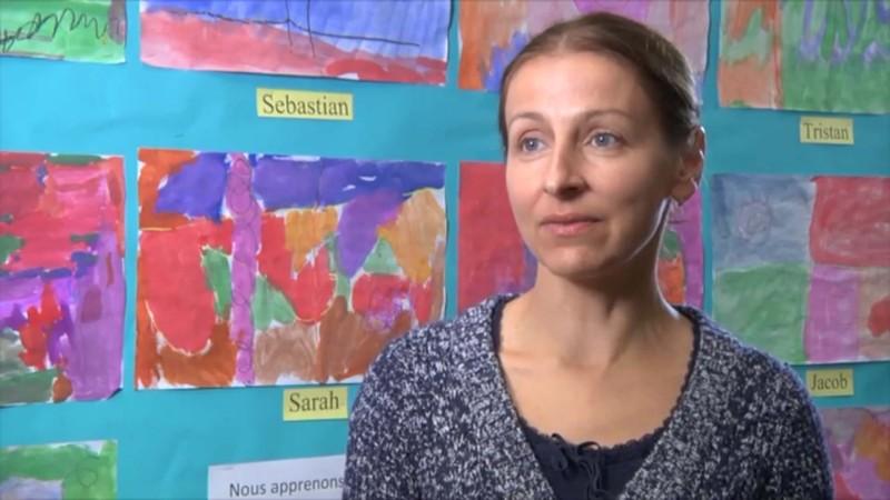 """Image de parent prise de la vidéo """"Appuyer les élèves apprenant la langue anglaise en FLS"""""""